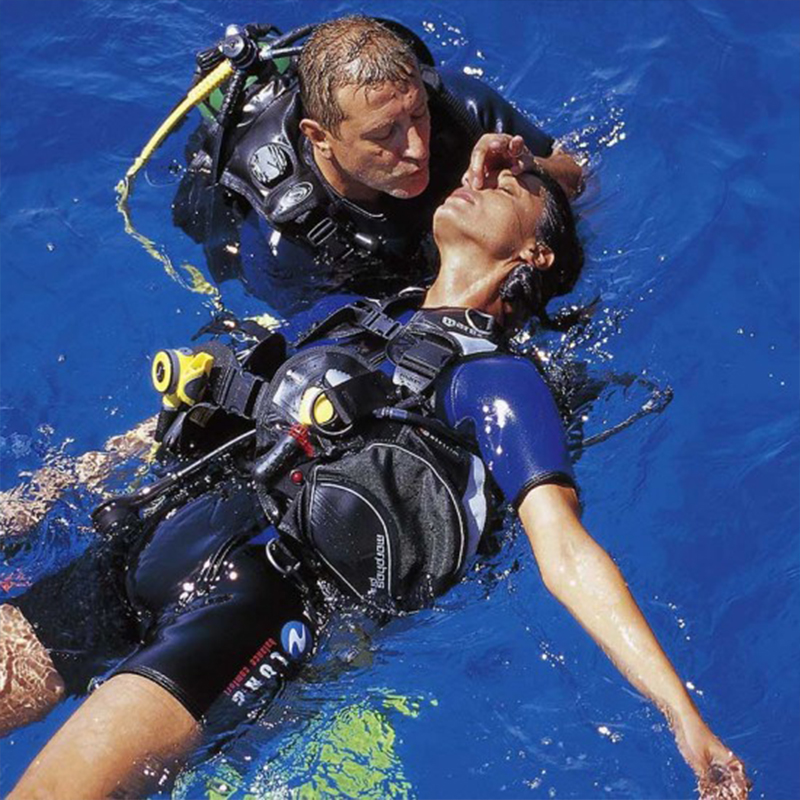 Dive with me - PADI Rescue Diver Course